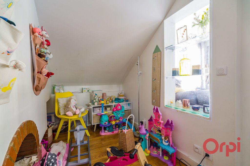 Appartement à vendre 3 63.68m2 à Montrouge vignette-11