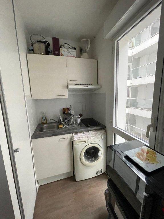 Appartement à vendre 1 26m2 à La Rochelle vignette-2