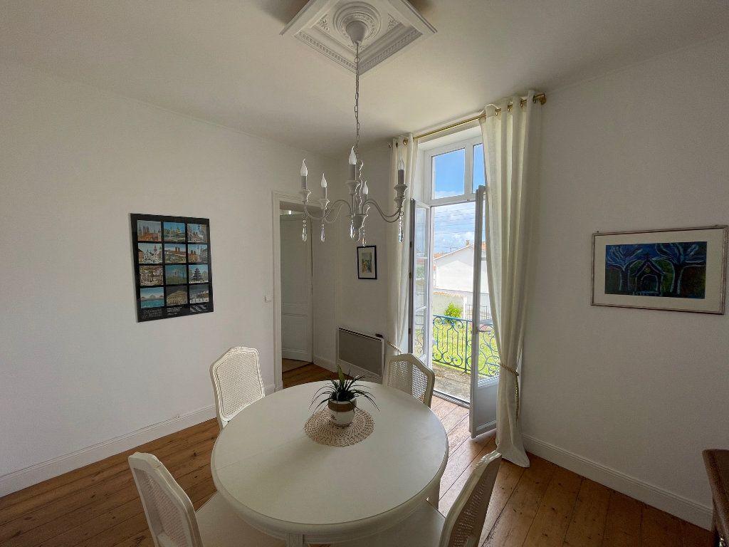 Appartement à vendre 5 94.45m2 à La Rochelle vignette-7