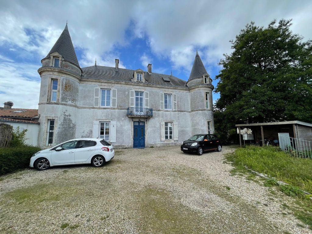 Appartement à vendre 5 94.45m2 à La Rochelle vignette-9