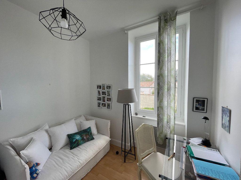 Appartement à vendre 5 94.45m2 à La Rochelle vignette-14