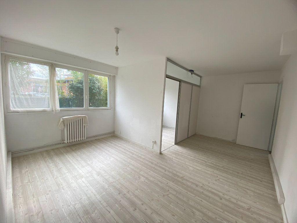 Immeuble à vendre 0 266m2 à Saint-Jean vignette-3