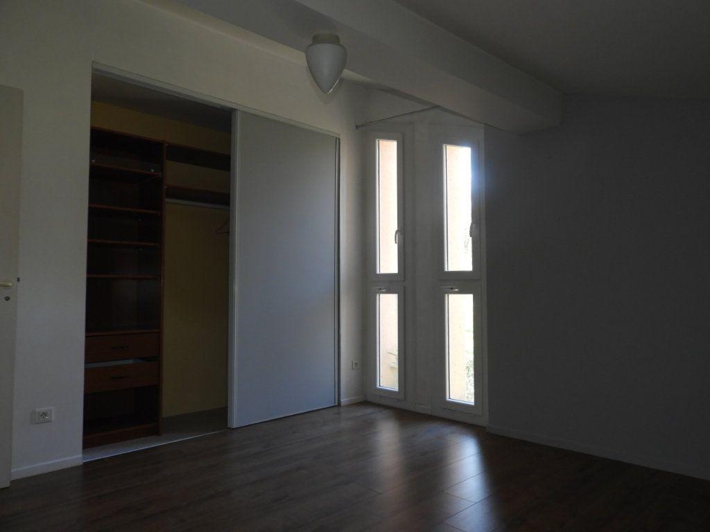 Appartement à louer 3 80m2 à Saint-Geniès-Bellevue vignette-5