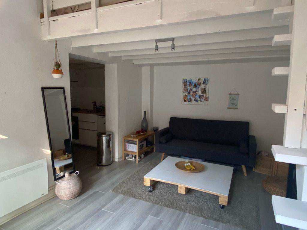 Appartement à louer 3 45m2 à Toulouse vignette-1