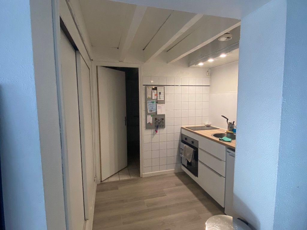 Appartement à louer 3 45m2 à Toulouse vignette-4