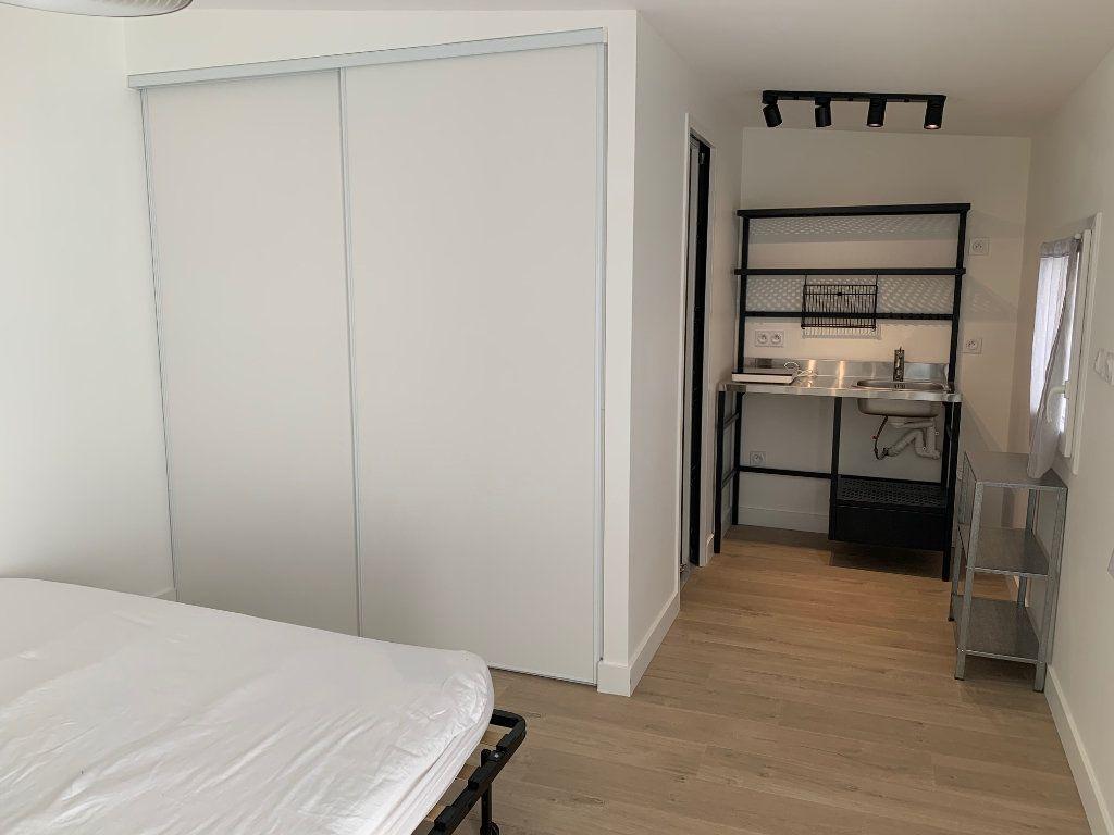 Appartement à louer 1 19m2 à Toulouse vignette-3