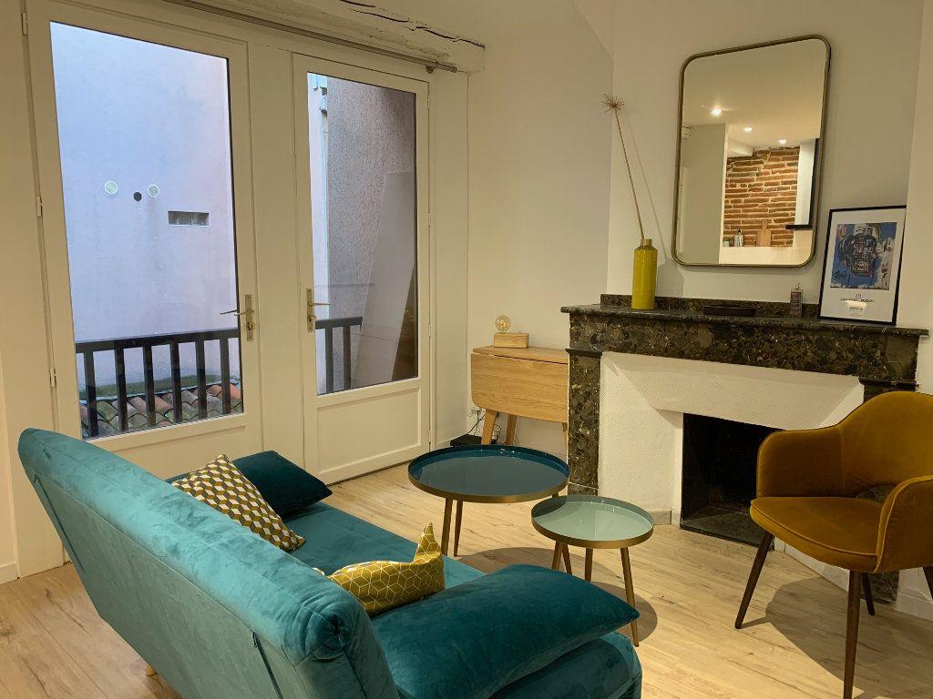Appartement à louer 2 32m2 à Toulouse vignette-1