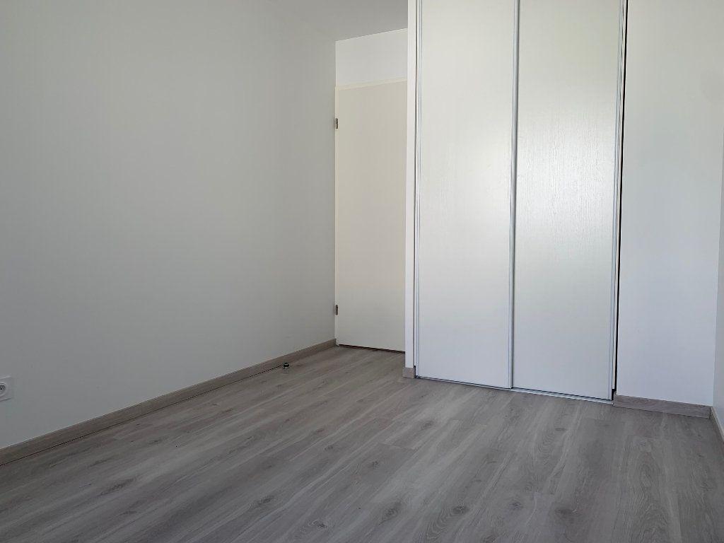 Appartement à louer 3 62.79m2 à Saint-Jean vignette-6