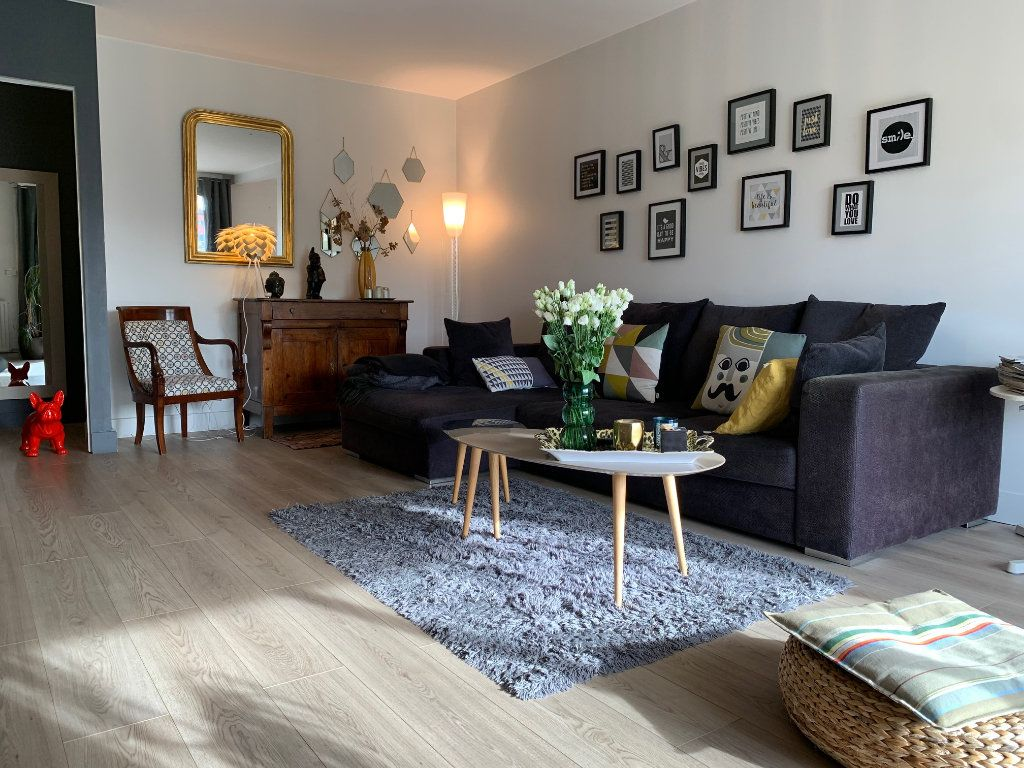 Appartement à louer 4 110.52m2 à Toulouse vignette-1