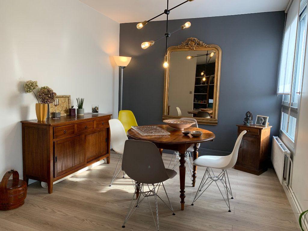 Appartement à louer 4 110.52m2 à Toulouse vignette-7