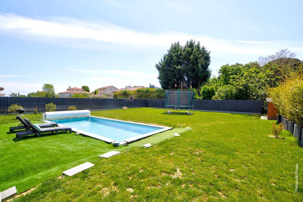 Maison à vendre 6 155m2 à Rouffiac-Tolosan vignette-4