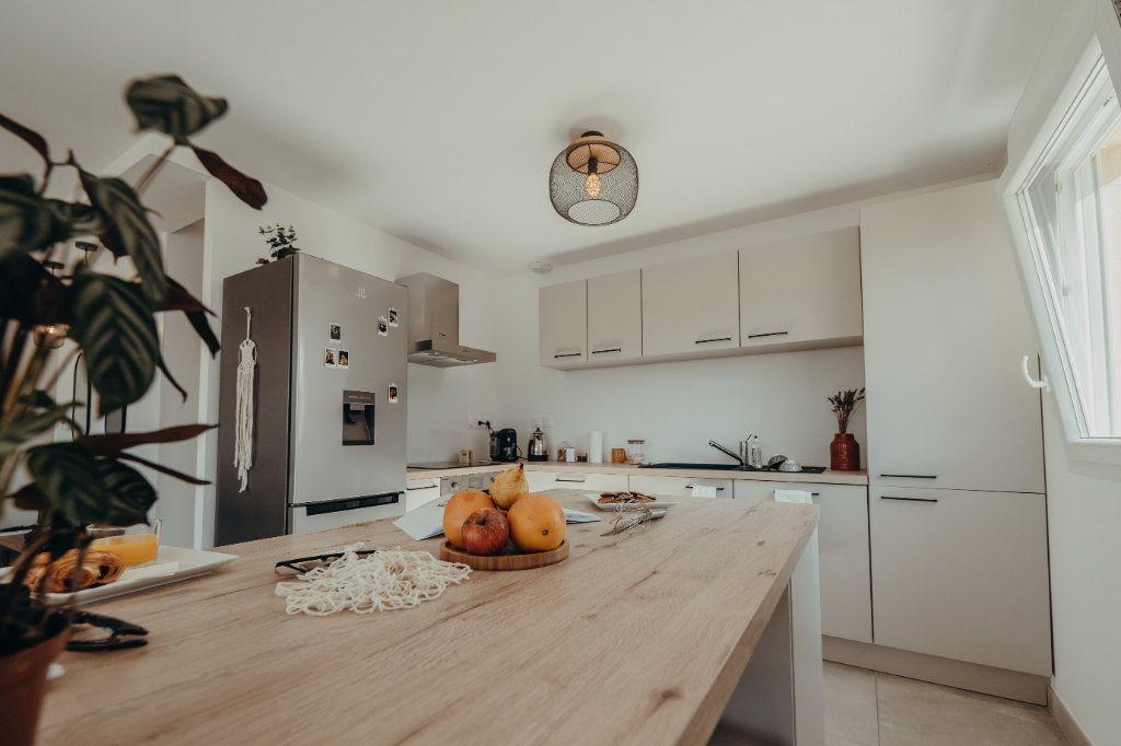 Maison à vendre 4 81.71m2 à Castelmaurou vignette-2