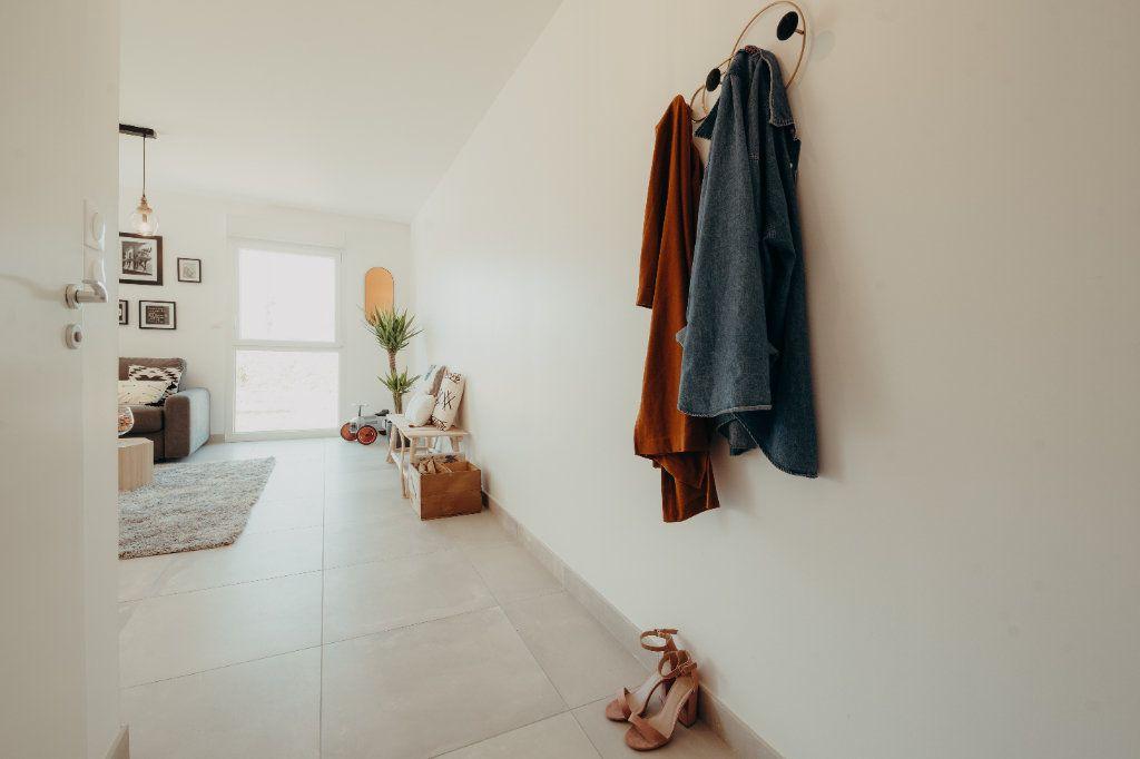 Maison à vendre 4 81.71m2 à Castelmaurou vignette-3