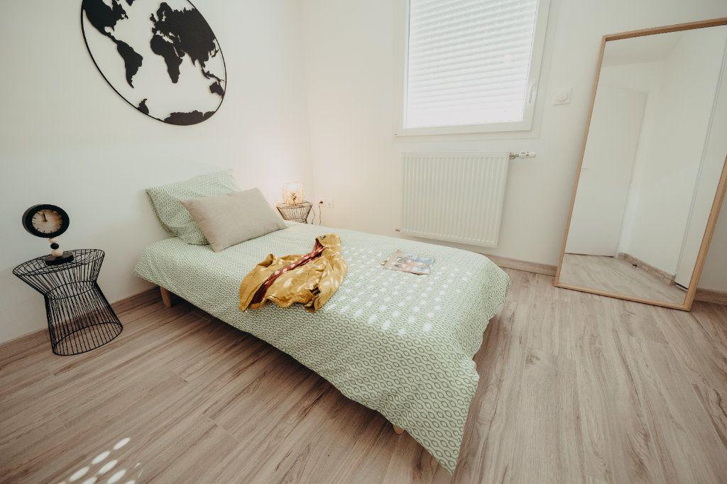 Maison à vendre 4 81.71m2 à Castelmaurou vignette-8