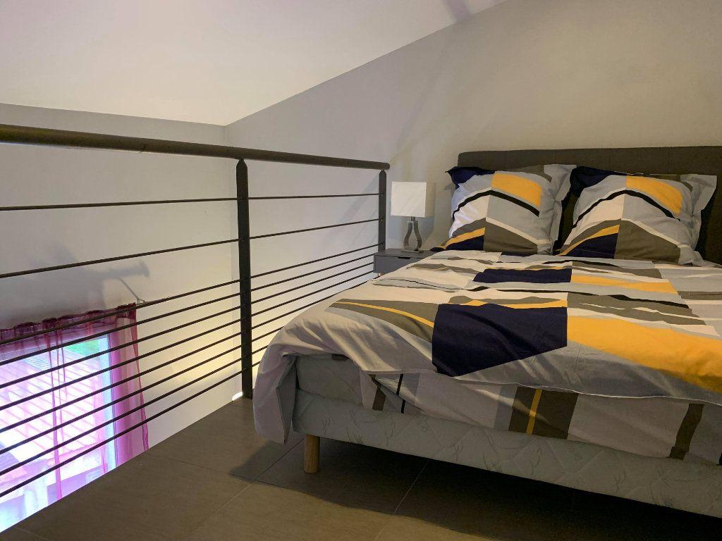 Appartement à louer 1 27m2 à Toulouse vignette-2
