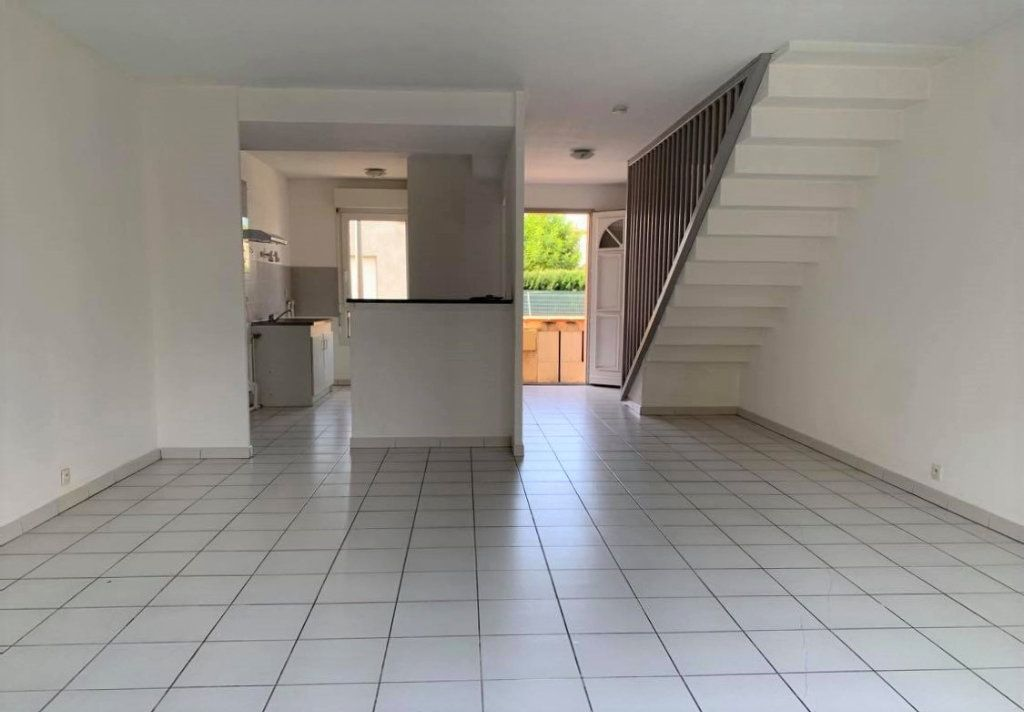 Maison à louer 4 95m2 à Launaguet vignette-3