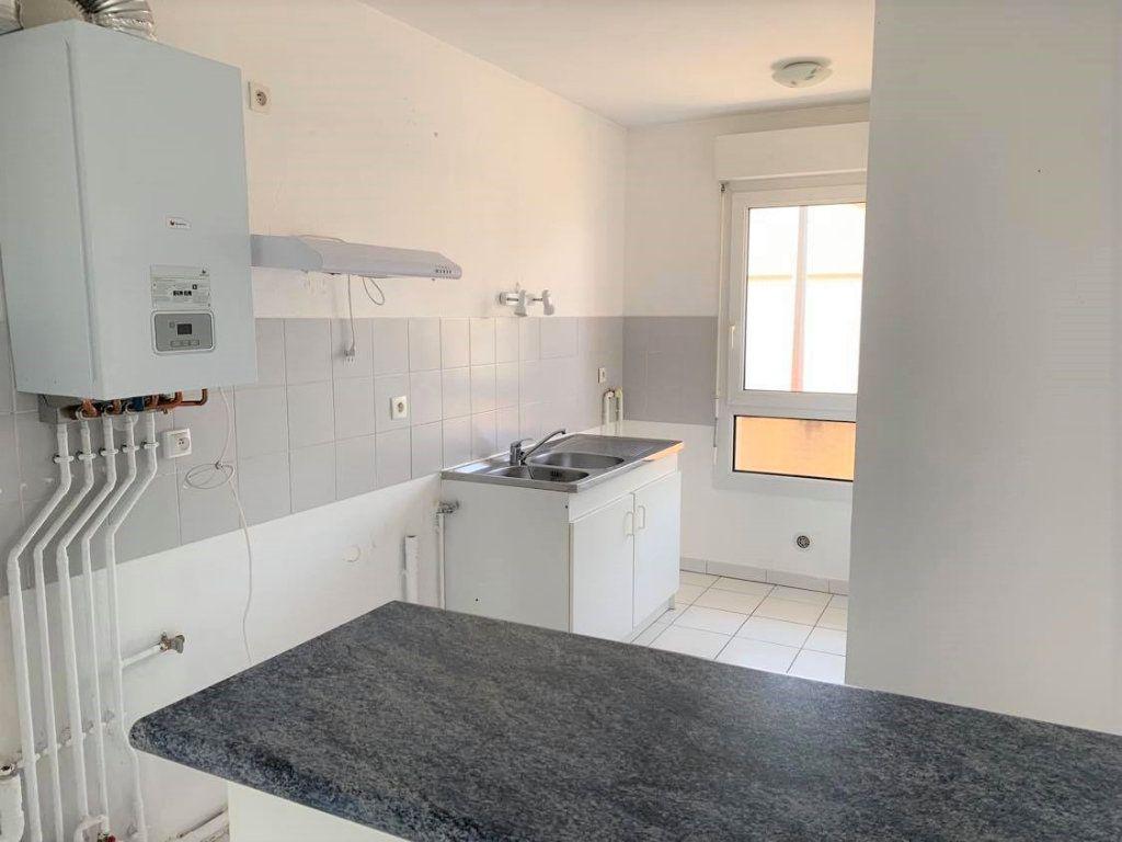 Maison à louer 4 95m2 à Launaguet vignette-5