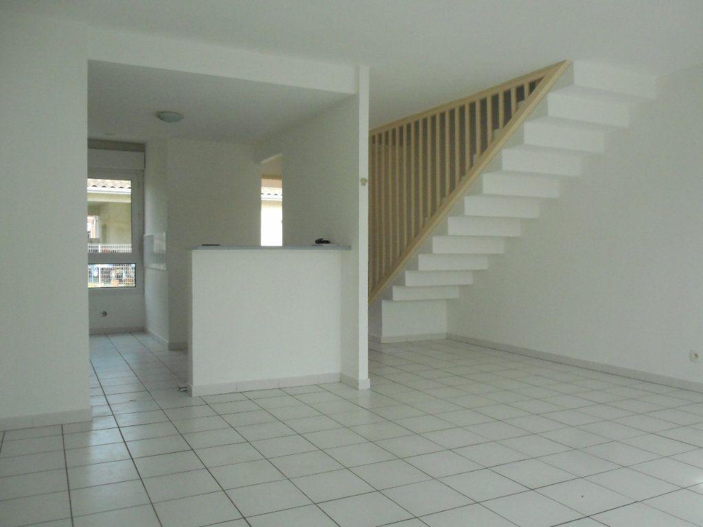 Maison à louer 4 95m2 à Launaguet vignette-6