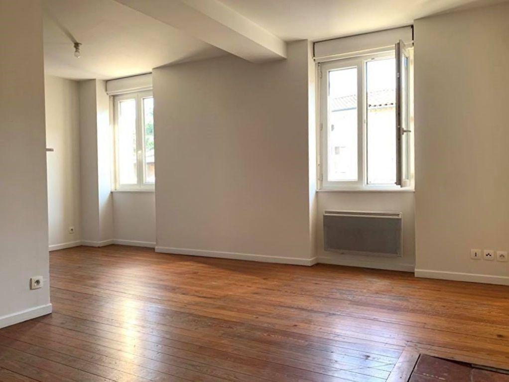 Appartement à louer 2 44m2 à Graulhet vignette-1