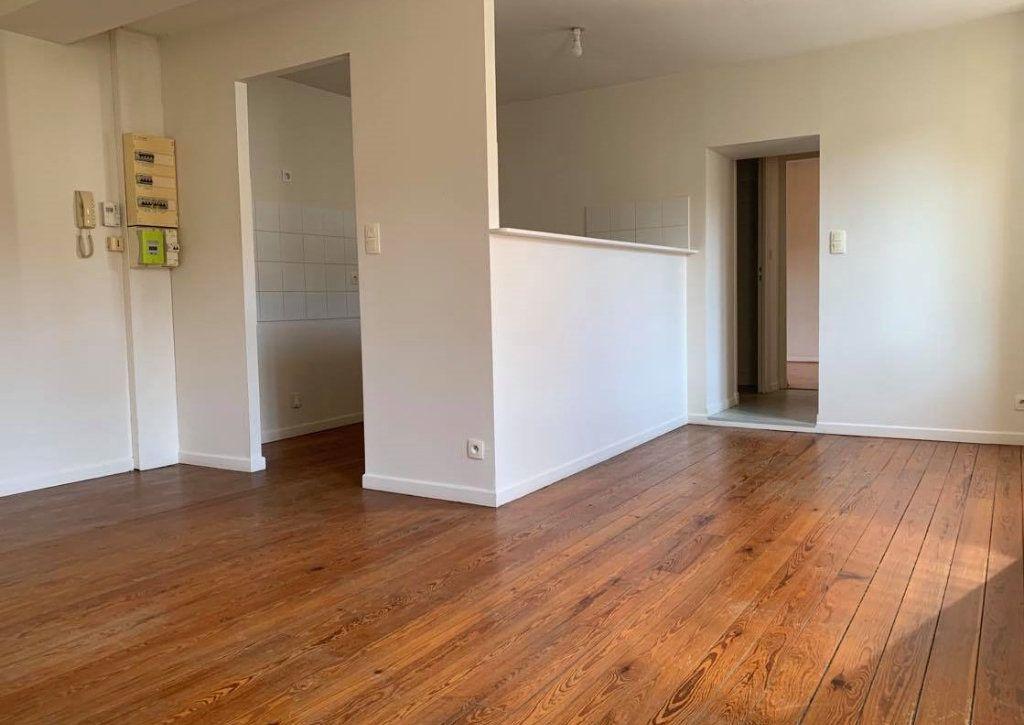 Appartement à louer 2 44m2 à Graulhet vignette-2