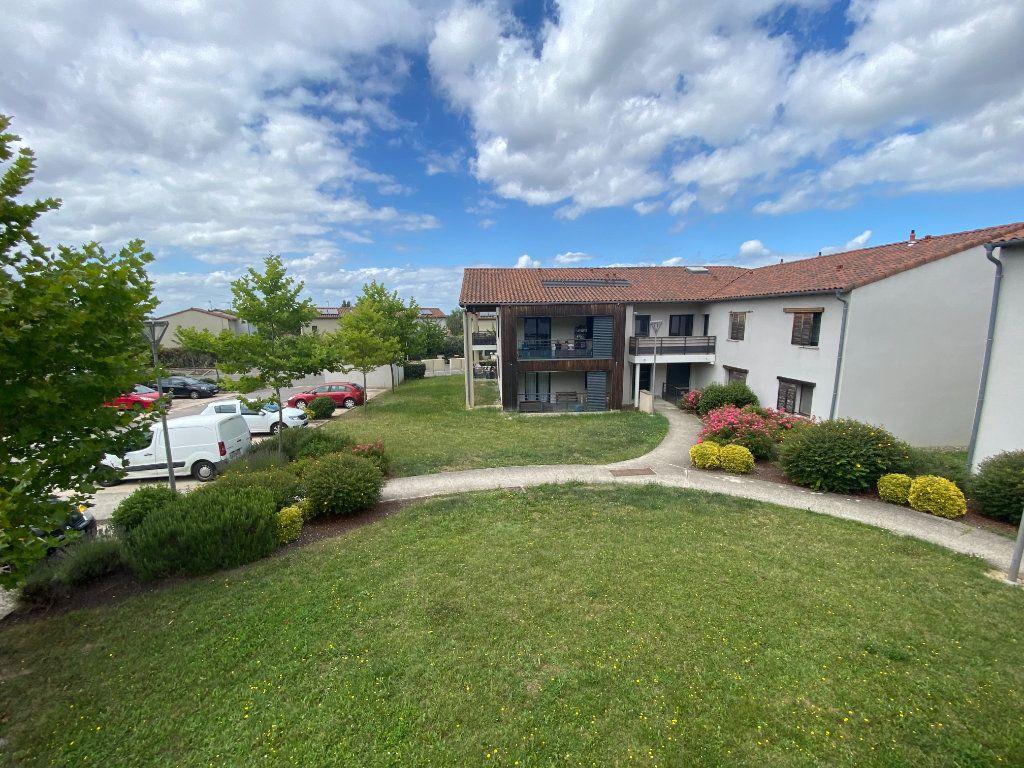 Appartement à louer 2 41.59m2 à Saint-Geniès-Bellevue vignette-6