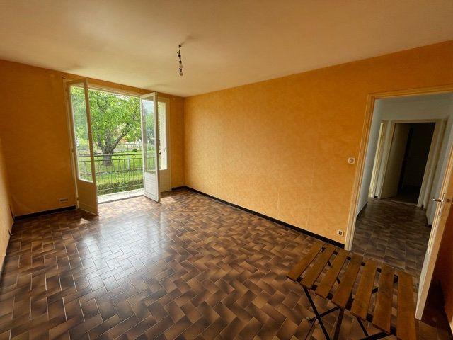 Maison à vendre 4 80m2 à Lapeyrouse-Fossat vignette-3