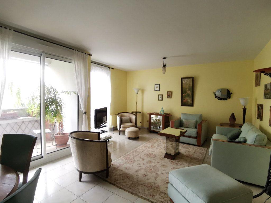 Appartement à vendre 4 99m2 à Castanet-Tolosan vignette-1