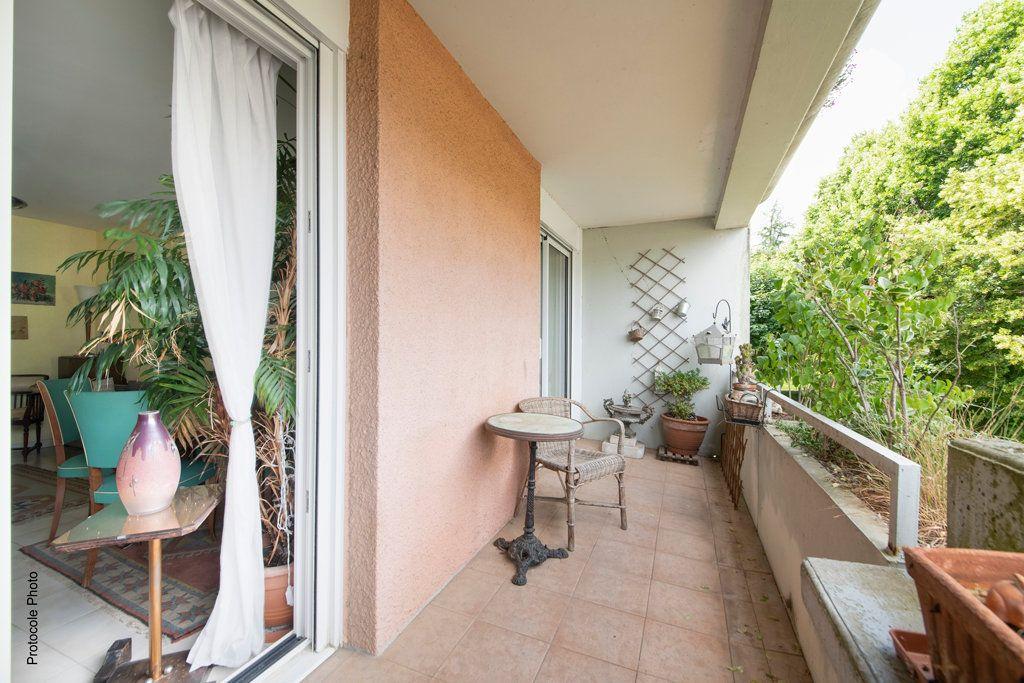 Appartement à vendre 4 99m2 à Castanet-Tolosan vignette-3