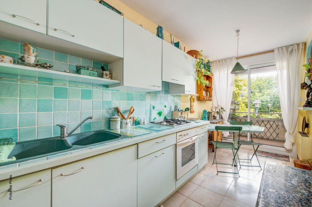 Appartement à vendre 4 99m2 à Castanet-Tolosan vignette-4