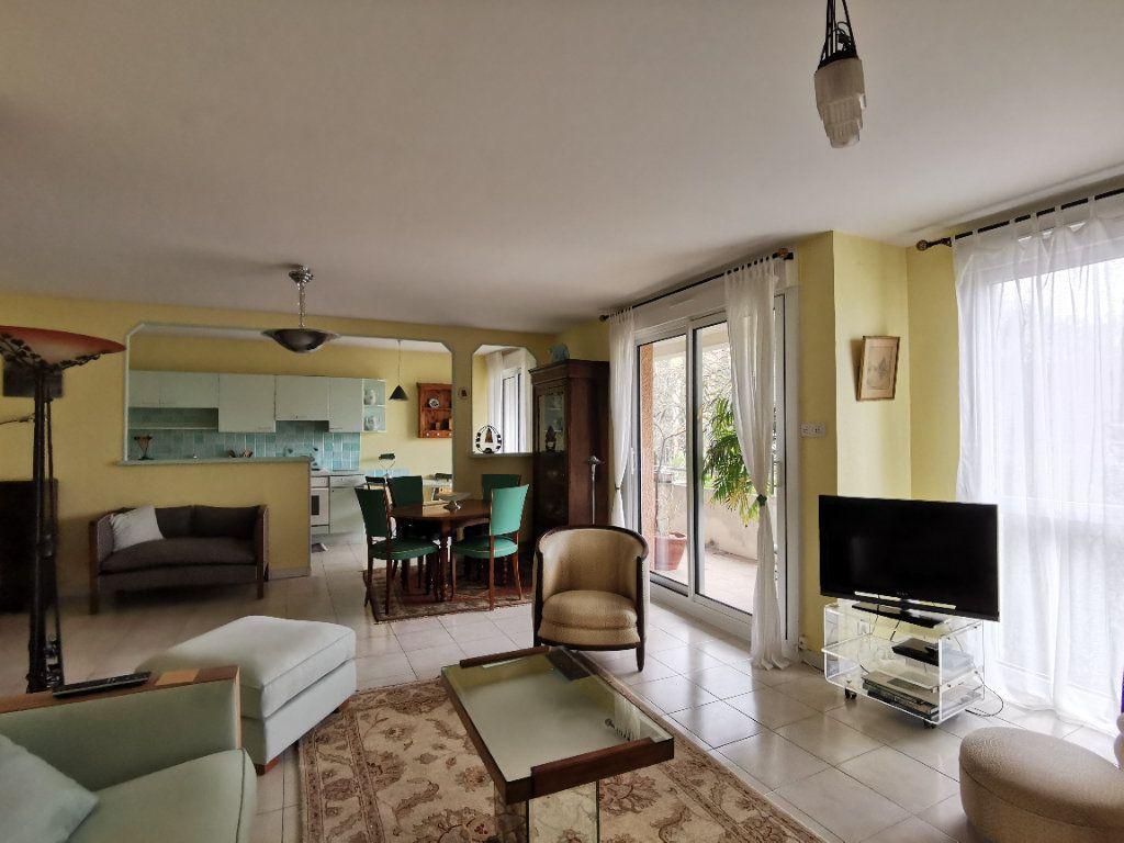 Appartement à vendre 4 99m2 à Castanet-Tolosan vignette-5