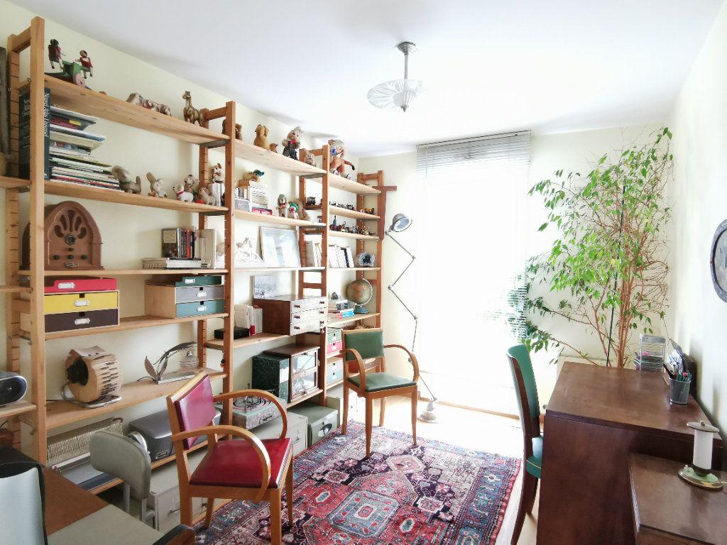 Appartement à vendre 4 99m2 à Castanet-Tolosan vignette-6