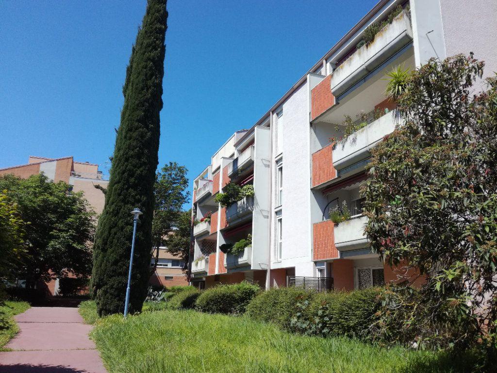 Appartement à vendre 4 99m2 à Castanet-Tolosan vignette-10