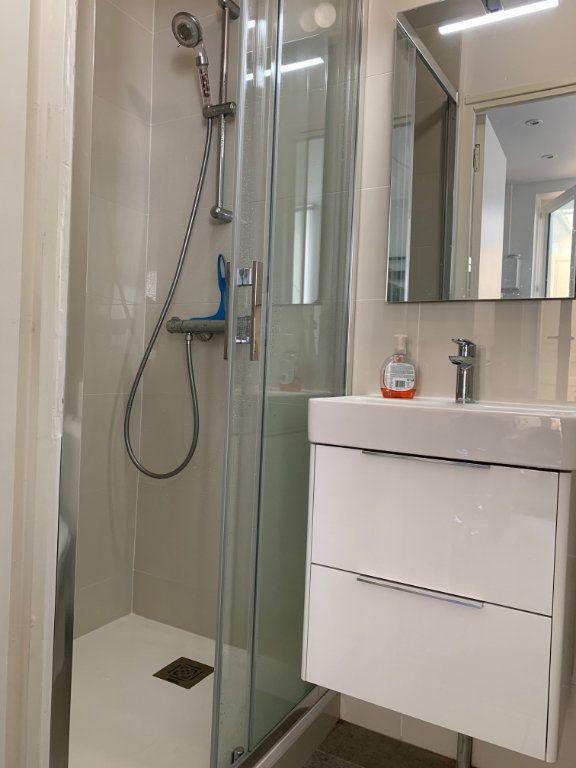 Appartement à louer 1 15m2 à Toulouse vignette-3
