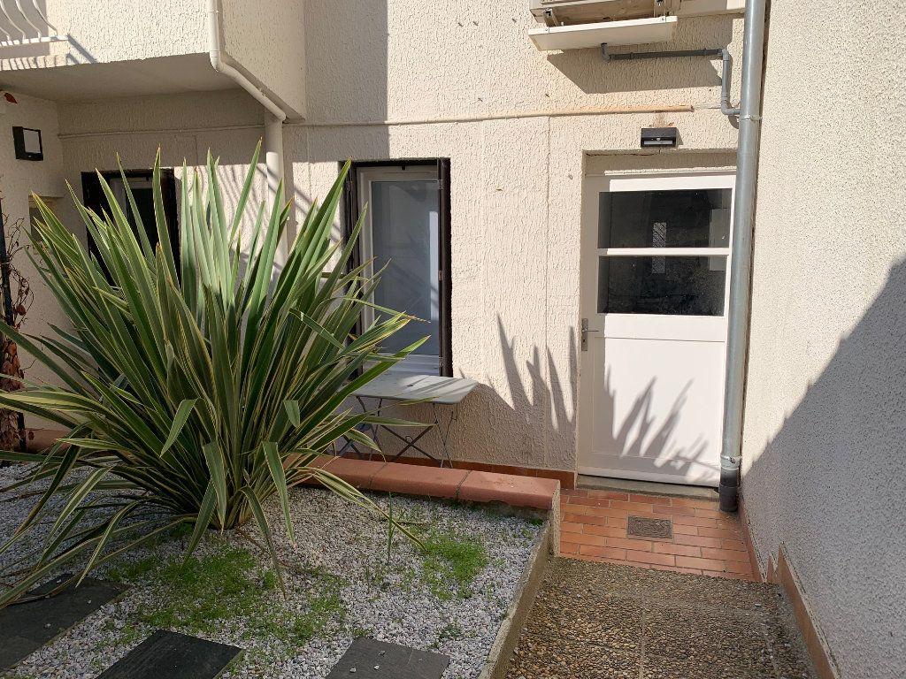 Appartement à louer 1 15m2 à Toulouse vignette-4