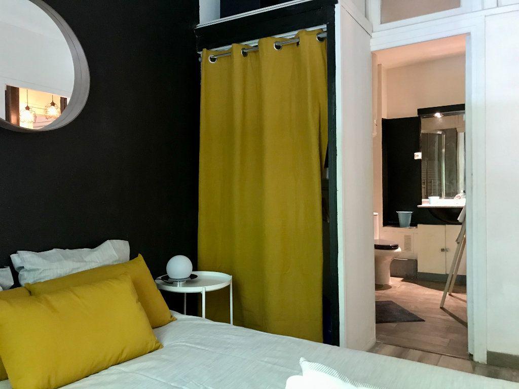 Appartement à louer 2 26m2 à Toulouse vignette-2