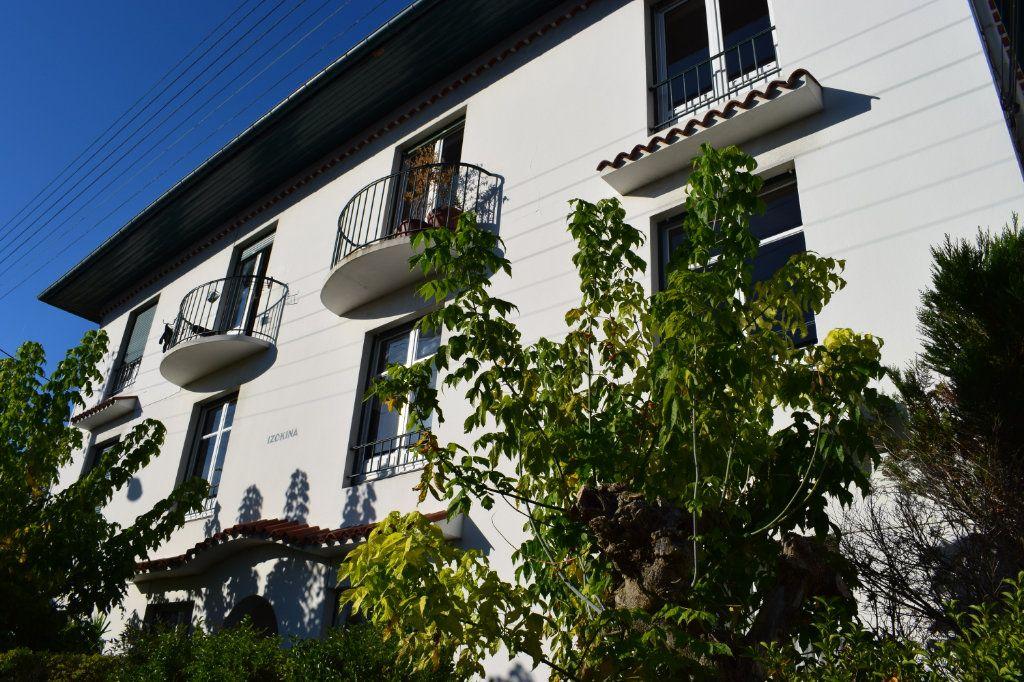 Appartement à louer 3 66.02m2 à Bayonne vignette-1