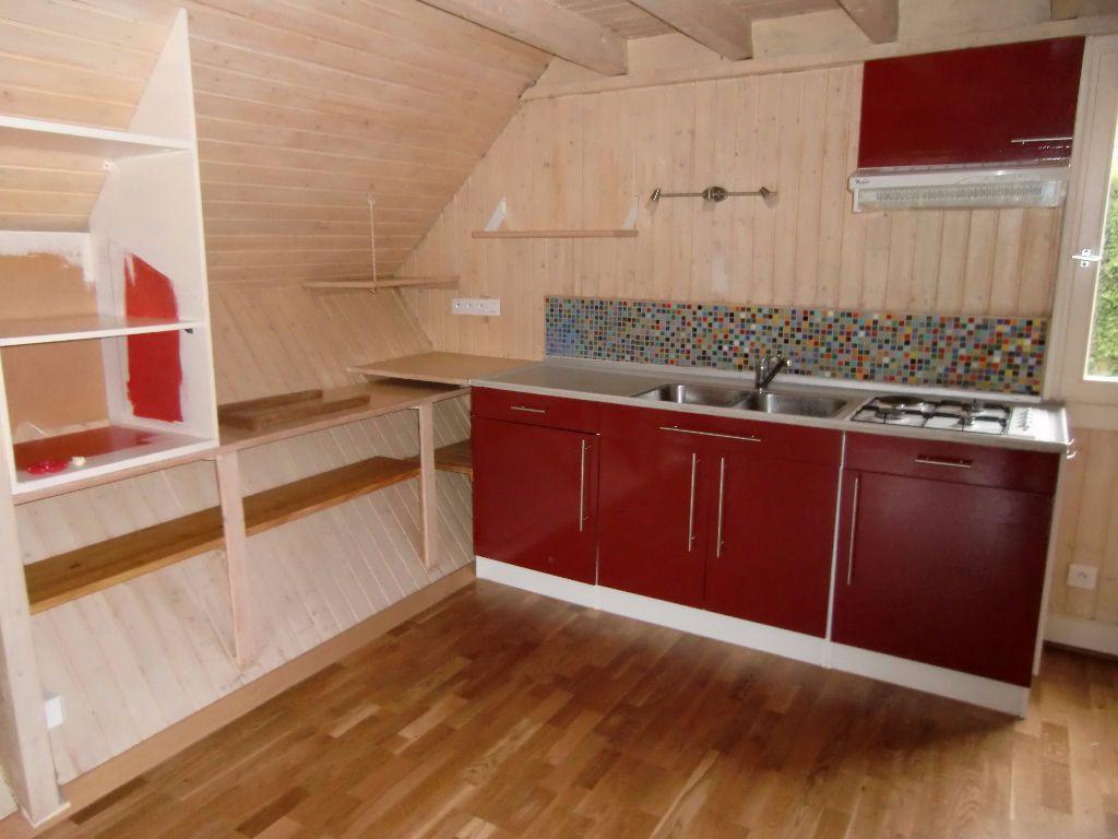 Maison à louer 2 40m2 à Saint-Laurent-du-Pape vignette-2