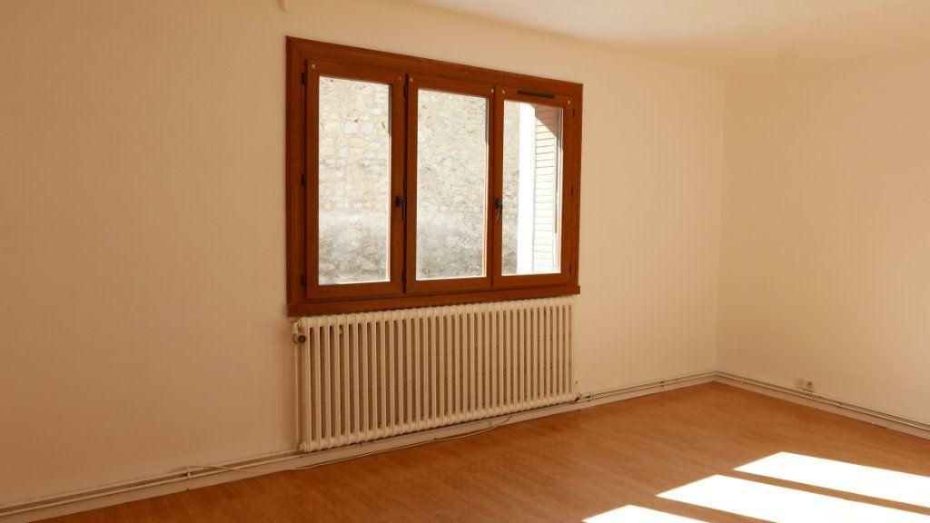 Appartement à louer 2 61m2 à Loriol-sur-Drôme vignette-3