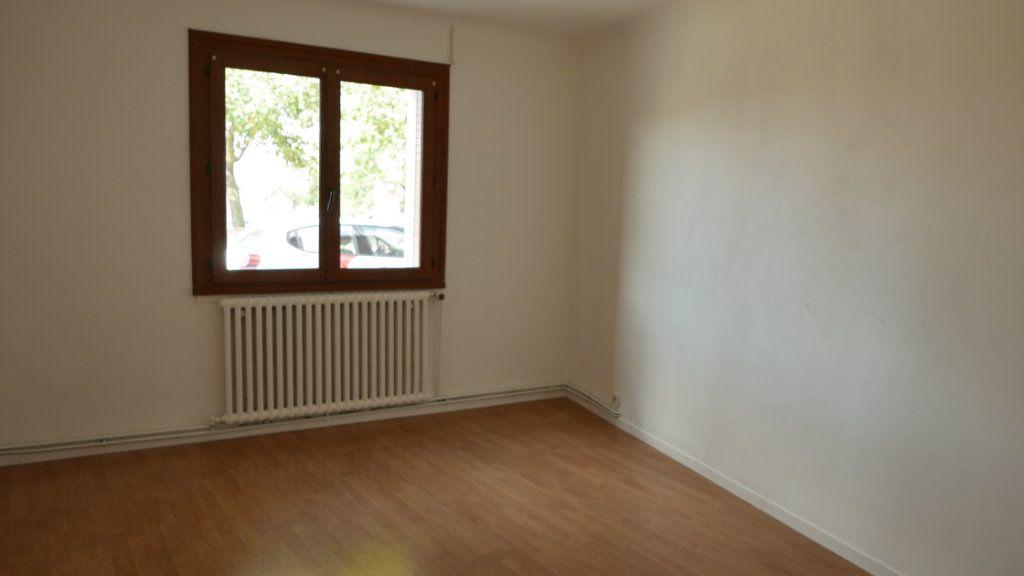 Appartement à louer 2 61m2 à Loriol-sur-Drôme vignette-4