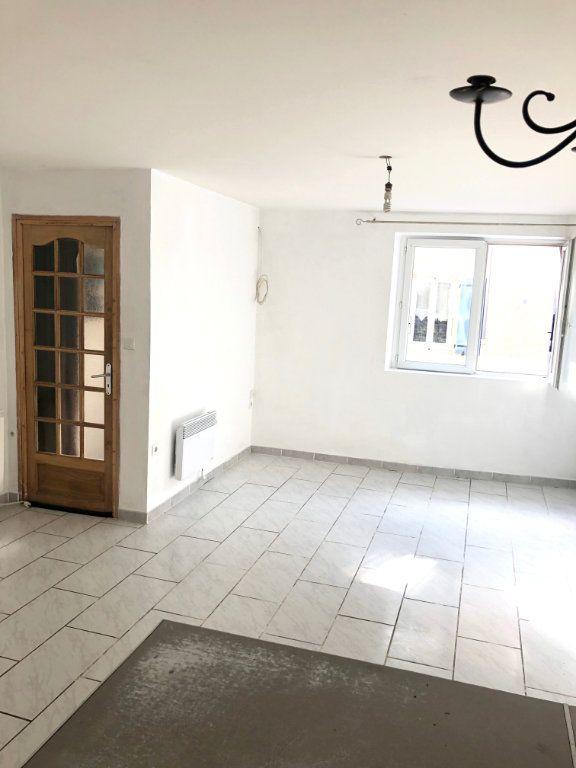 Maison à louer 4 89m2 à Saint-Laurent-du-Pape vignette-3