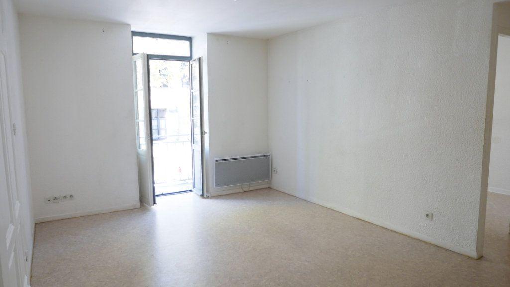 Appartement à louer 2 35.69m2 à La Voulte-sur-Rhône vignette-1