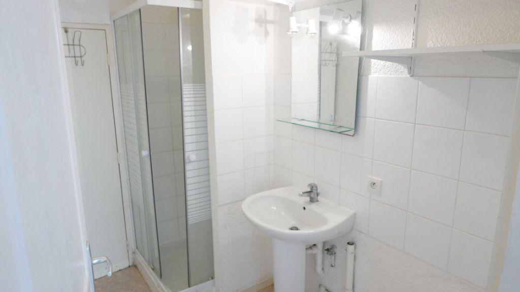 Appartement à louer 2 35.69m2 à La Voulte-sur-Rhône vignette-4