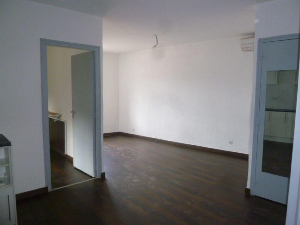Appartement à louer 2 39m2 à Loriol-sur-Drôme vignette-2