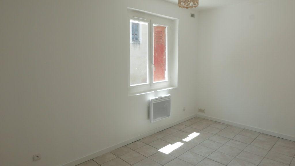 Appartement à louer 3 52m2 à Loriol-sur-Drôme vignette-3