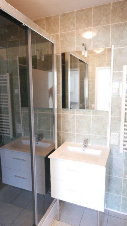 Appartement à louer 3 52m2 à Loriol-sur-Drôme vignette-4