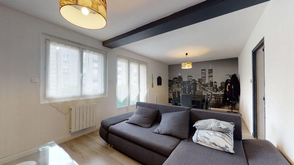 Appartement à vendre 4 74m2 à Crest vignette-2