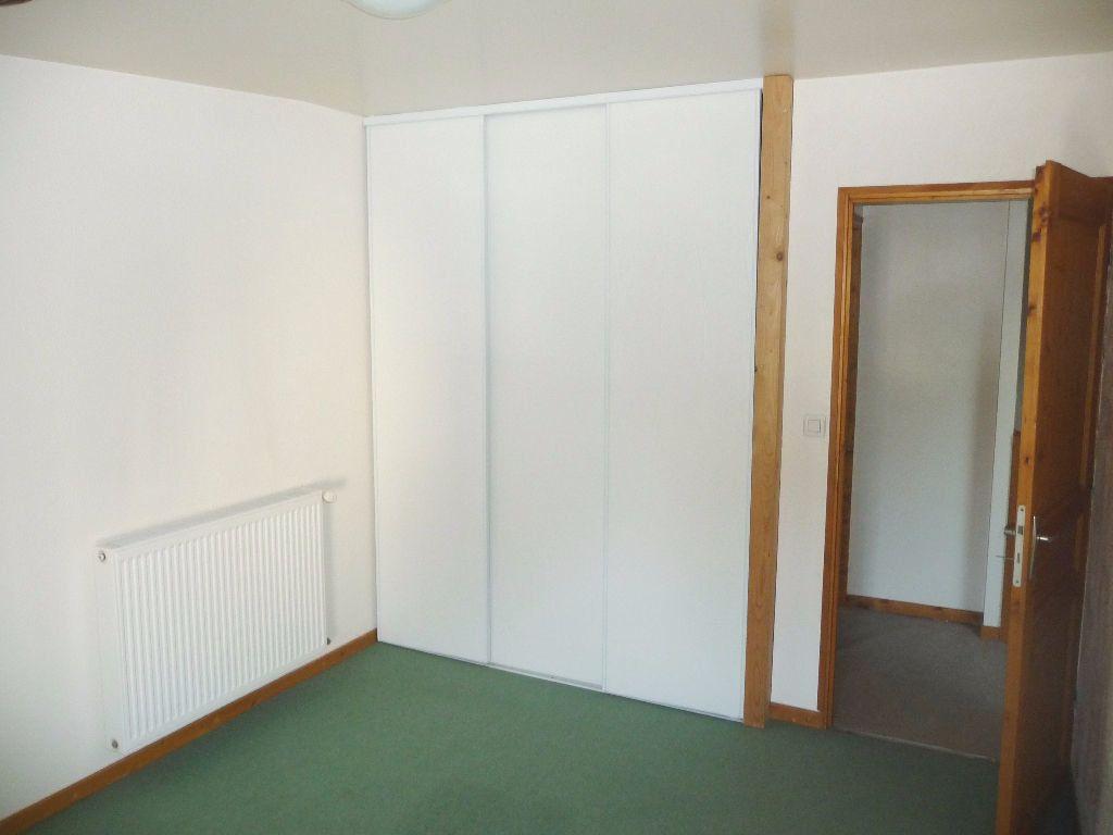 Appartement à louer 3 60m2 à Livron-sur-Drôme vignette-3