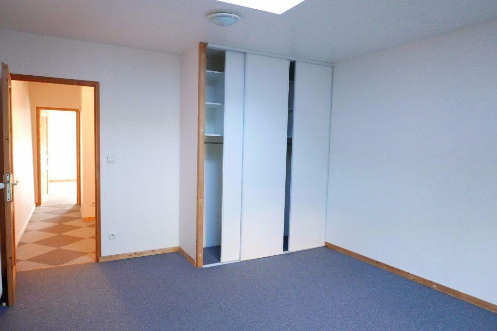 Appartement à louer 3 85m2 à Livron-sur-Drôme vignette-5