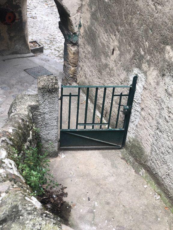 Appartement à louer 2 72.24m2 à La Voulte-sur-Rhône vignette-1