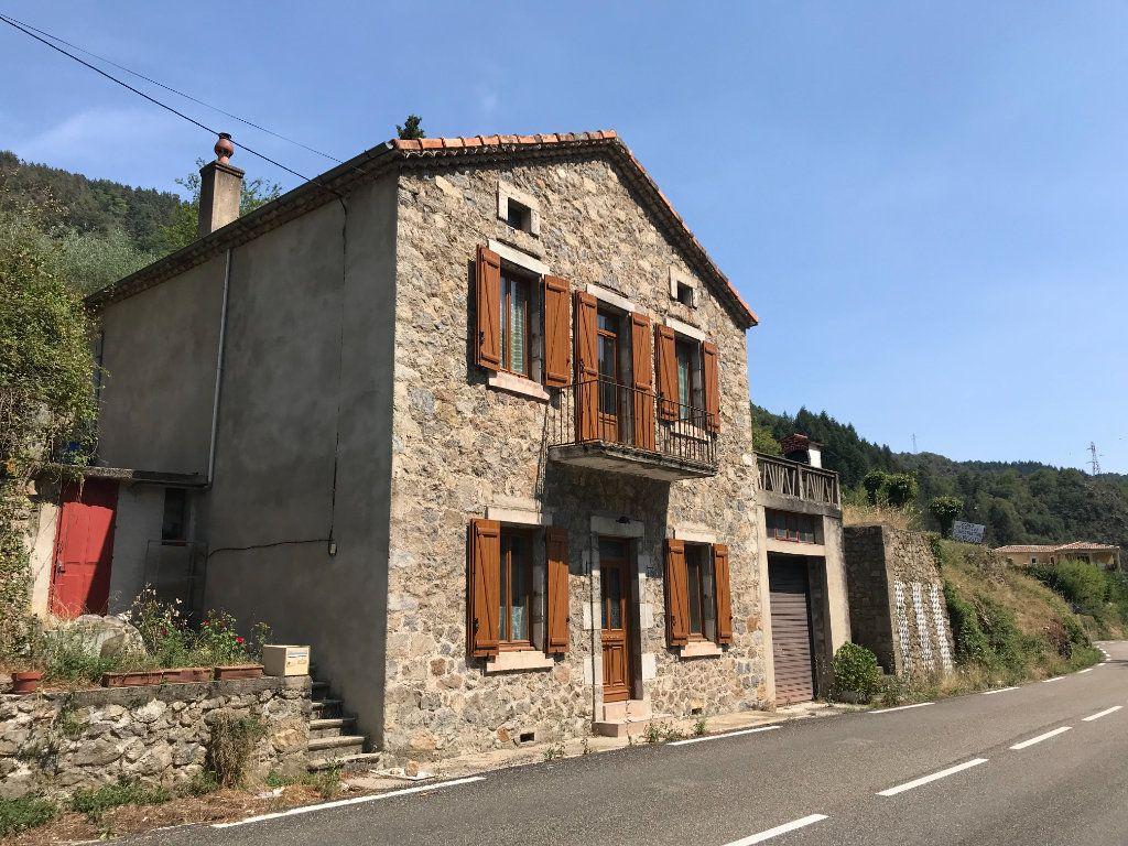 Maison à vendre 6 113m2 à Saint-Maurice-en-Chalencon vignette-1